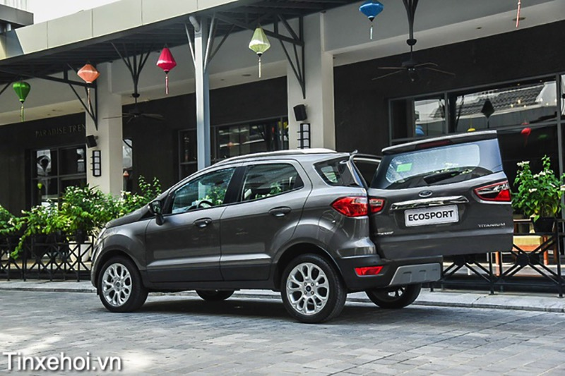 van-hanh-xe-ford-ecosport-2021-tinxehoi-vn