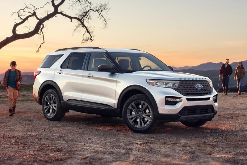 gia-xe-ford-explorer-2021-tinxehoi-vn