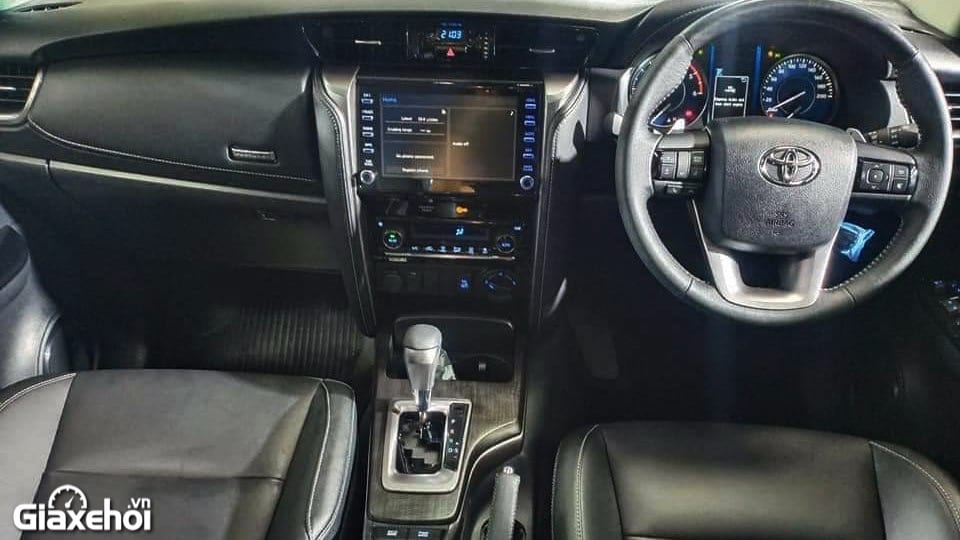noi-that-xe-toyota-fortuner-2021-tinxehoi-vn